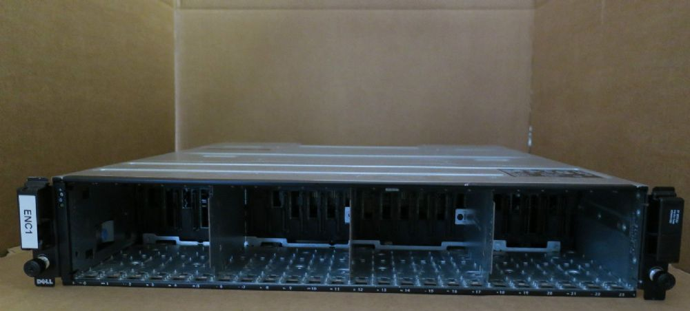 Dell Compellent SC220 - 2 x SAS Controllers 0TW47 Hard Drive Expansion Enclosure